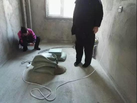 """珲春一隐身于居民区的""""黑电台""""被打掉,它不仅辐射大..."""